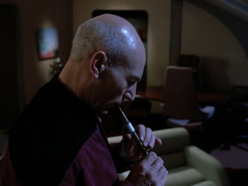 Picard_playing_Ressikan_Flute.jpg
